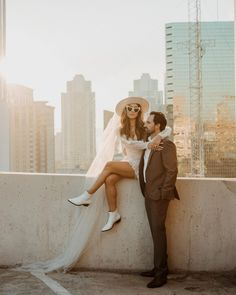 Enjoying this elopement/wedding season too much, it's making me feel normal and so loved that my couples are being sweet and inviting josh as a guest. Wedding Photos in the city. Elopement in the city.