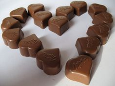 chocolate hearts of hazel-nuts heart of hearts Chocolate Heaven, Chocolate Art, Chocolate Coffee, Chocolate Lovers, Savarin, Heart Shapes, Valentines Day, Sweets, Candy