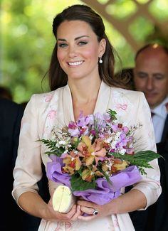 Kate Middleton and Prince William view orchid named after them at the Singapore Botanical Gardens