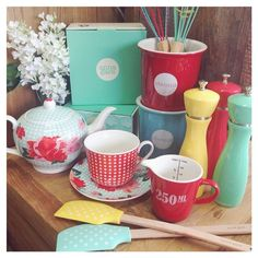 Anna Gare kitchenware.