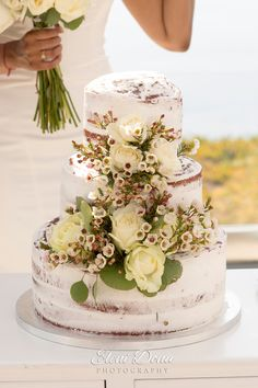 #weddingtips – Who says you can't have your cake and eat it too? Couples often don't get a chance to eat their own wedding cake; well, besides the bite you feed each other! Ask your wedding planner to save some extra for you, and enjoy it as a perfect postwedding brunch dessert!  #weddingcake #tyingtheknot #weddingparty #weddingingreece #weddingplanning #dreamweddingshots #eatdrinkandbemarried #getinspired   #weddingvibes #weddinginspiration #weddingbrunch #santoriniwedding #indianwedding