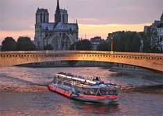 Romantic Dinner in Bateaux Mouches #accorcityguide #mustsee - The nearest Accorhotels is Hotel Baltimore Paris - MGallery Collection