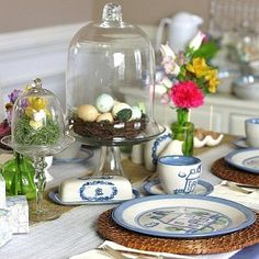 Everything you need for Easter brunch from table decorations to food