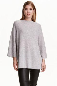 Kaszmirowy sweter: JAKOŚĆ PREMIUM. Cienki szeroki sweter z kaszmiru w prążki…