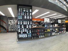 Από τηνKM store designπραγματοποιήθηκε οσχεδιασμόςκαταστήματοςiRepair στον Πειραιά. Το κατάστημα βρίσκεται επί της οδού Γρηγορίου Λαμπράκη 79.            ΣχεδιασμόςΚαταστήματοςiRepair             Η εταιρεία μας μέσω της ειδίκευσής της στην επίπλωση και το σχεδιασμό καταστημάτων, προσφέρει έπιπλα άριστης ποιότητας με μεγάλη