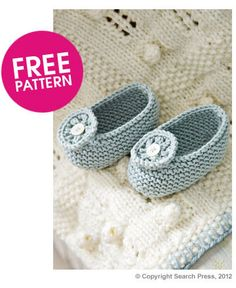 Free pattern for Baby Blanket & Slippers Knit Along | Deramores