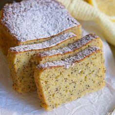 Sabla saftig sitronkake - ENEstående Mat Something Sweet, Pesto, Banana Bread, Food And Drink, Sweets, Cookies, Baking, Recipes, Sheet Cakes