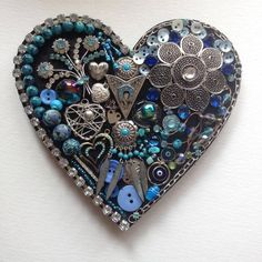 Steampunk Heart with vintage up cycled jewellery. Vintage Jewelry Crafts, Recycled Jewelry, Old Jewelry, Jewelry Making, Unique Jewelry, Jewelry Wall, Heart Jewelry, Jeweled Christmas Trees, Steampunk Heart