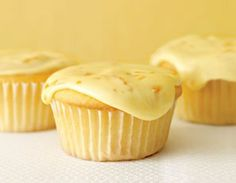 Flat Belly Lemon Cupcakes with Citrus Icing #Sweets #Baking #LightenedUp
