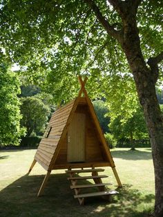 What To Search For Right Before You Purchase Your Higher Than Floor Pool Galerie - Cabanes En Bois A Frame Cabin, A Frame House, Tiny Cabins, Tiny House Cabin, Forest House, Cabins In The Woods, Play Houses, Outdoor Living, Shed