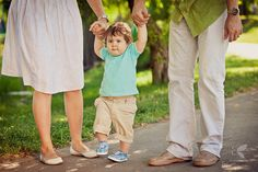 first steps Baby Family, Our Baby, Family Photography, Photo Ideas, Children, Style, Fashion, Photos, Shots Ideas