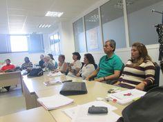 Durante las clases, aparecen Edith, Consuelo,Veronica, Manuela, Gema, Doris, Guillermo, Martha y Hector.