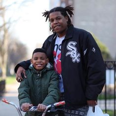 "#Repost @thegrio  Joy from the Southside of Chicago | by @mrdavidawilson  Brian Sr 29: ""The happiest day of my life was when he came into my life. Ten years ago I've been the happiest I've ever been."" TheGrio: Little Brian what makes you happy?  Brian Jr. 10: ""Having my family."" #fatherhood #blackfathers #blackfamily #wedoexist #urbndads #blackdads"