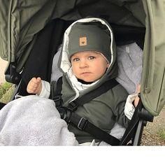Ein Trage Beispiel für die coole Khaki Jacke 🤗dem kleinen hübschen Mattis steht es super toll, Dankeschön liebe Lisa für das Bild 😘