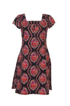 #Clothing #Fashion #Style #Kurta #Wear #Colors #Apparel #Semiformal #Print #Casuals #W for #Woman