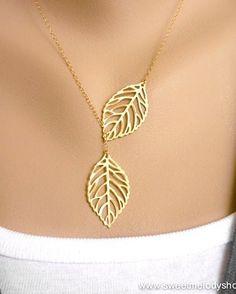 Leaf pendant charm necklace