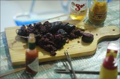 Morcela / Portuguese Black Sausage: Morcela is a Portuguese blood sausage made from beef blood, pork fat, onions, garlic, and spices. Sounds nasty, but grilled or fried and eaten with some bread...yummi!