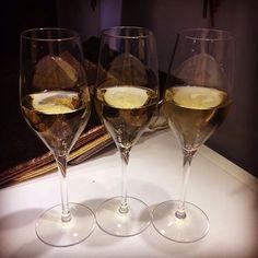Cheers for Bagllerina Paris & Bagllerina Lovers ^.~ #Bagllerina #Paris #PremiereClasseCambon #ParisFashionWeek #BoothD09