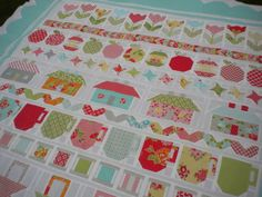 A Quilting Life - a quilt blog I love the pattern and I also love the Bonnie and Camille fabric. Beautiful.