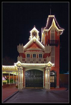 Main Street, U.S.A. - Engine Co. 71   Walt Disney World The …   Flickr