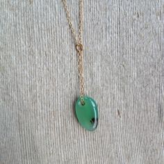 Green Agate Y Necklace with 14k Gold Filled Chain / Dainty Drop Necklace by MuffyandTrudy on Etsy