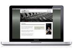 Wallears - Identidad corporativa  Desarrollamos la imagen corporativa (logo, papelería, tarjetas personales) de Wallears, empresa destinada a la comercialización de productos de audio profesional. Además diseñamos y realizamos los contenidos del sitio web.