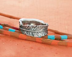 The Birds of a Feather Ring is perfect for a Boho look. Hair Jewelry, Jewelry Box, Jewlery, Jewelry Accessories, Avery Jewelry, Feather Ring, Boho Inspiration, James Avery, Boho Look