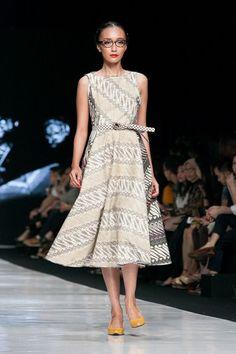 Jakarta Fashion Week 2014 – Edward Hutabarat – The Actual Style: