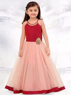 Designer Gowns for Girls. Buy online children's gowns dresses & frocks at best price for 1 to 16 years girls. Shop girls designer gowns for Wedding, Birthday, Party & Festival wear. Kids Party Wear Dresses, Kids Dress Wear, Kids Gown, Pageant Dresses, Frocks For Girls, Gowns For Girls, Little Girl Dresses, Girls Dresses, Kids Frocks Design
