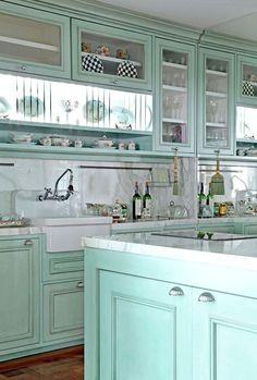 green kitchen design idea 48