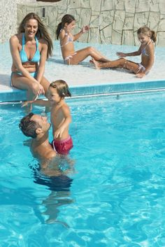 #MSCKreuzfahrten #Ferien Patrick Star, Patrick Spongebob, Bikinis, Swimwear, Kegel, Kind, Outdoor Decor, Family Values, Cruises