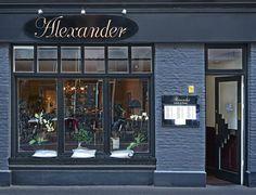 #Alexander #lunch #diner #wine #interior #restaurant #cheflife #navyinterior #interiordesign #spacedesign #finedining
