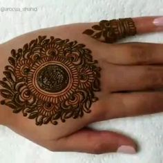 Cute Arabic Mehndi Designs 2020 with Videos for Hands Eid Mehndi Designs, Henna Hand Designs, Mehndi Designs Finger, Latest Henna Designs, Mehndi Designs For Girls, Mehndi Designs For Beginners, Modern Mehndi Designs, Mehndi Design Photos, Mehndi Designs For Fingers