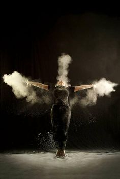 Chalk Dancing - The 'Power Dance' Series by Geraldine Lamanna is Full of Movement (GALLERY)