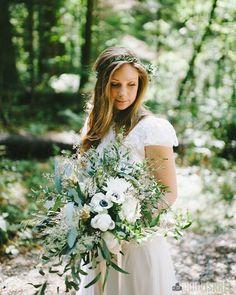 fabulous vancouver florist A&J's Summer wedding @bonaccordvancouver. Beautiful photo by @speedwolf. #olfco #vancouverwedding #bonaccord by @ourlittleflowercompany  #vancouverflorist #vancouverwedding #vancouverflorist #vancouverwedding #vancouverweddingdosanddonts