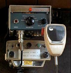 1-ADAM-12:- Motorola MOTRAC radio control head & Federal Signal Interceptor Model PA-20A
