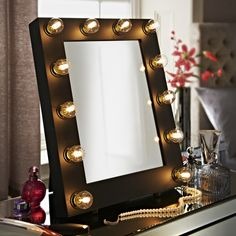Take a look our beautiful range of Hollywood mirrors