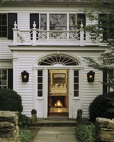 New Traditional Architecture: Ferguson & Shamamian Architects: City and Country Residences: Mark Ferguson, Oscar Shamamian, Richard Guy Wils. Interior Exterior, Exterior Design, Colonial Exterior, White Houses, Architecture Details, Architecture Board, Japanese Architecture, My Dream Home, Curb Appeal