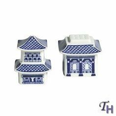 Johnson Brothers Willow 2-Inch and 2-3/4-Inch Pagoda Salt and Pepper, Blue by Johnson Brothers. $21.89. Earthenware. Dishwasher safe. 2-Inch and 2-3/4-Inch salt and pepper. Willow blue. Elegant and detailed, each piece from the Willow Blue collection features a beautiful oriental landscape motif on fine earthenware; with each richly detailed illustration suggesting its own unique and involving story. This Pagoda Salt and Pepper Set is decorated with the pattern's signature b...