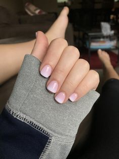 No acrylics or fake tips. My natural nails with just the powder. Makes them look thick and gives the acrylic look without the pain and upkeep. Fancy Nails, Pink Nails, Pretty Nails, Gel Ombre Nails, Ombre French Nails, Short French Tip Nails, White Short Nails, Fake Gel Nails, French Tip Gel Nails