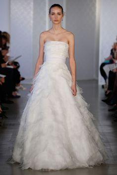 Oscar De La Renta Spring 2017 Wedding Dresses | Weddingbells