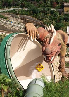 The Dragon, siam park - Tenerife, Canary Island Siam Park Tenerife, Oh The Places You'll Go, Places To Visit, Water Slides, Canary Islands, Amazing Adventures, Cool Pools, Spain Travel, Holiday Travel