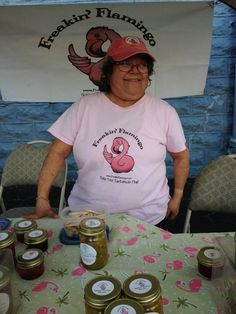 We love #CoconutGrove! And we especially love the new Grove Green Market Thursdays 2-8 in the parking lot of the Coconut Grove Playhouse.  Lots of artisans, like Renee of Freakin' Flamingo!