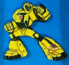 Tarta golosinas Transformer Blumblebee