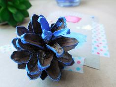 Want to know how to make these awesome DIY pinecones? Check out my blog!   Glitteress DIY blog