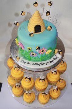 honeybee cake By jen789 on CakeCentral.com