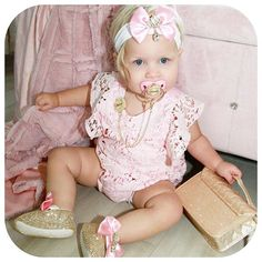 LIORE'e Luxury Baby Boutique baby doll crystal shoes and headband plus our spakle luxury baby pacifiers and clip sets for infant Bling Baby Shoes, Baby Bling, Newborn Gifts, Baby Gifts, Baby Pacifiers, Baby Accessoires, Baby Swag, Baby Christmas Gifts, Crystal Shoes