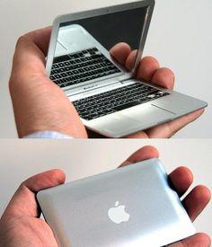 Qui sait, 1 jour ils sortiront peut être cet ultra ultra ultra netbook... #iMacRikiki #aietech