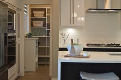kitchen - decorating small spaces