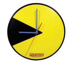 PacMan Game Wall Clock « Buy Online from TheGadgetHut.co.uk